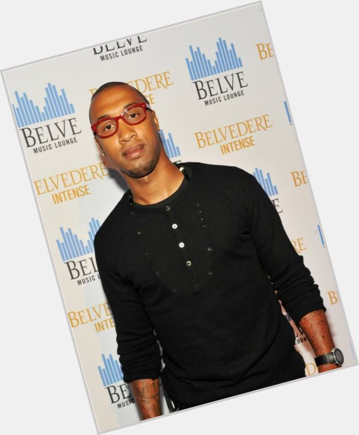 "<a href=""/hot-men/cortez-bryant/is-he-still-young-money-related-kobe-lil"">Cortez Bryant</a> Average body,  bald hair & hairstyles"