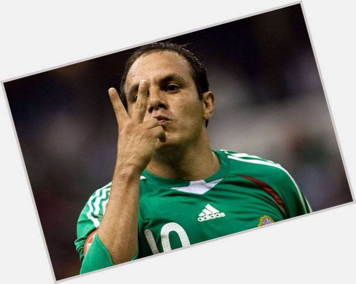 cuauhtemoc blanco new hairstyles 1.jpg