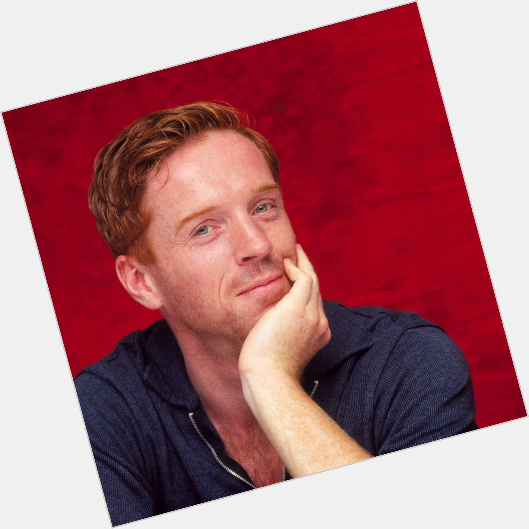 "<a href=""/hot-men/damien-lewis/where-dating-news-photos"">Damien Lewis</a> Average body,"