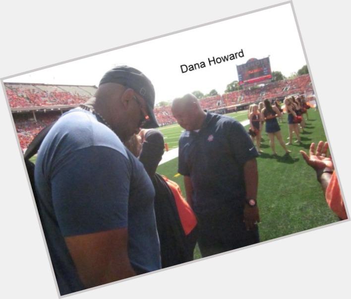 Dana Howard dating 5.jpg
