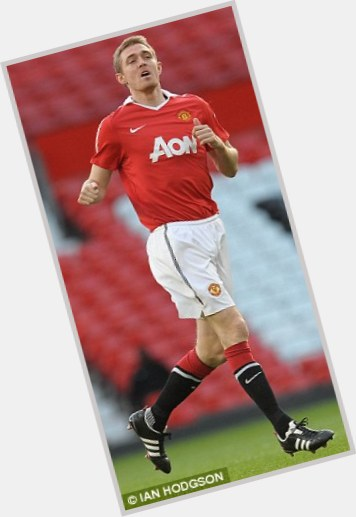 Darren Fletcher light brown hair & hairstyles Athletic body,
