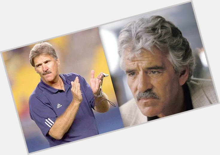 "<a href=""/hot-men/dave-wannstedt/where-dating-news-photos"">Dave Wannstedt</a> Athletic body,  salt and pepper hair & hairstyles"