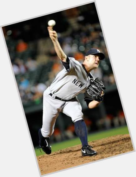 David Robertson light brown hair & hairstyles Athletic body,