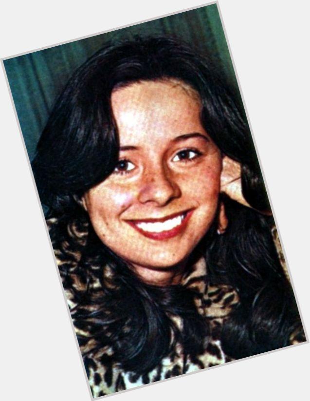 Debora Duarte hairstyle 9.jpg