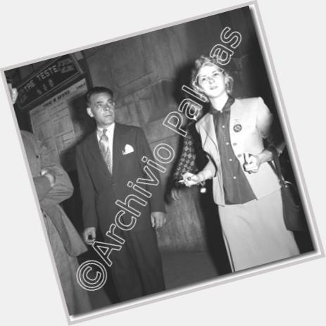 Delia Scala hairstyle 7.jpg