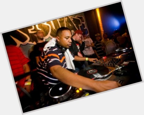 "<a href=""/hot-men/dj-rashad/where-dating-news-photos"">Dj Rashad</a> Average body,  black hair & hairstyles"