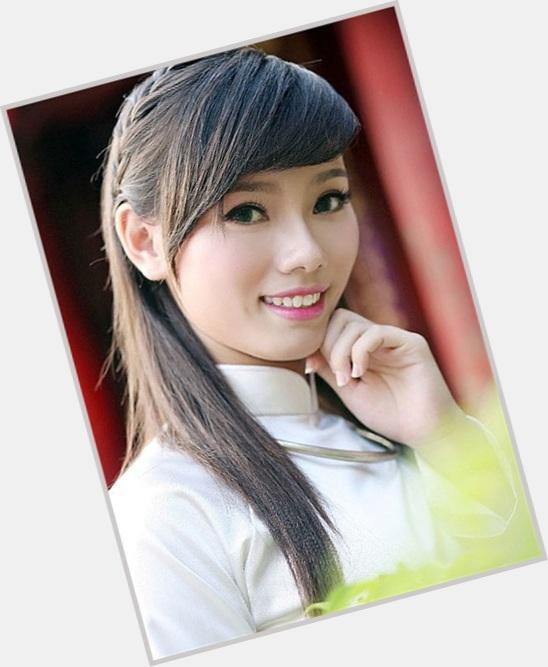 "<a href=""/hot-women/do-thi-hai-yen/where-dating-news-photos"">Do Thi Hai Yen</a>"