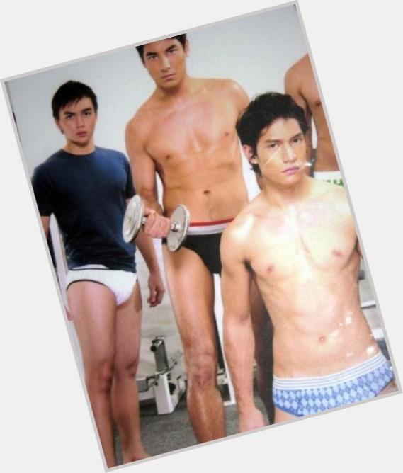 Dominic Roque full body 5.jpg