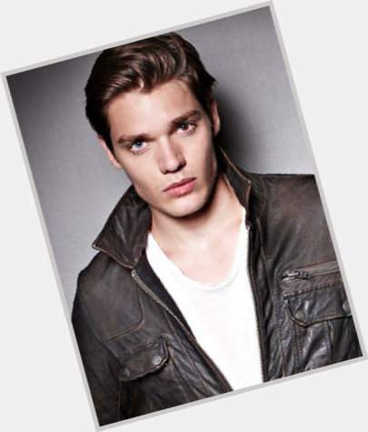 Dominic Sherwood full body 4.jpg