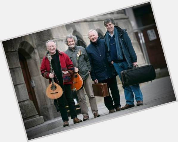 """<a href=""""/hot-men/donal-lunny/is-he-married"""">Donal Lunny</a> Slim body,  grey hair & hairstyles"""