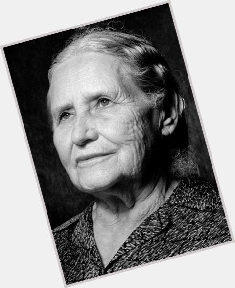 Doris Lessing full body 5.jpg