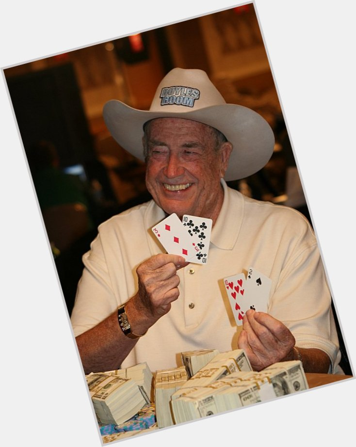 "<a href=""/hot-men/doyle-brunson/where-dating-news-photos"">Doyle Brunson</a> Average body,  salt and pepper hair & hairstyles"
