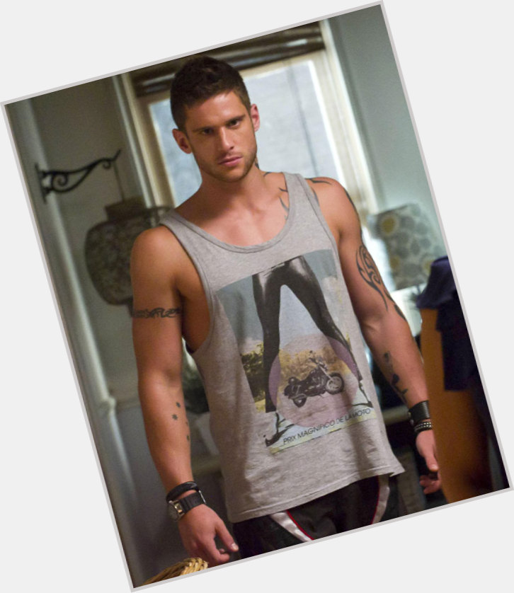 dan ewing as dillon 4.jpg