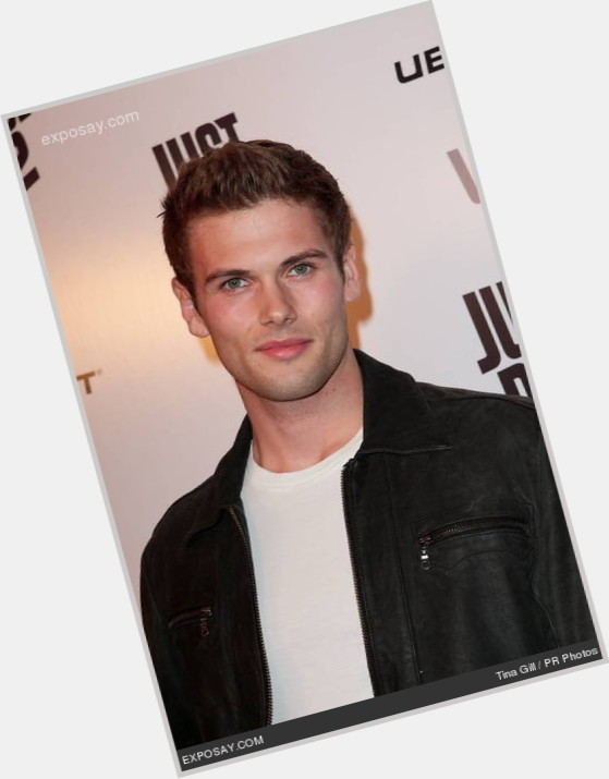 "<a href=""/hot-men/david-cade/is-he-when-birthday-tall-spade"">David Cade</a> Athletic body,  light brown hair & hairstyles"