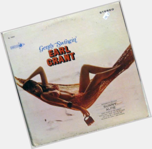 "<a href=""/hot-men/earl-grant/where-dating-news-photos"">Earl Grant</a>"
