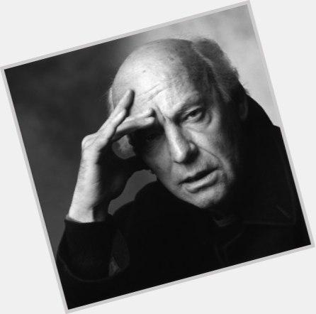 """<a href=""""/hot-men/eduardo-galeano/where-dating-news-photos"""">Eduardo Galeano</a>"""