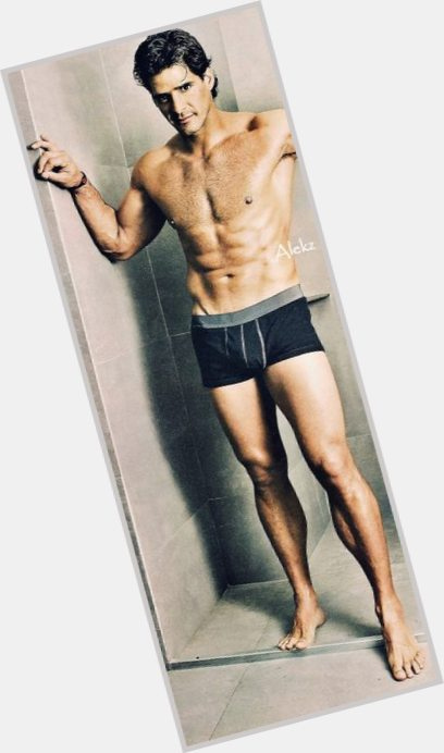 Eduardo Rodriguez body 7.jpg