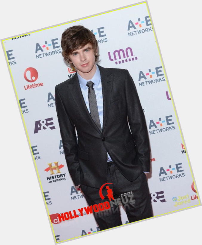 highmore single personals Freddie highmore ranks #25573 among the most man-crushed-upon celebrity men is he bisexual or gay  is freddie highmore single  is freddie highmore dating .