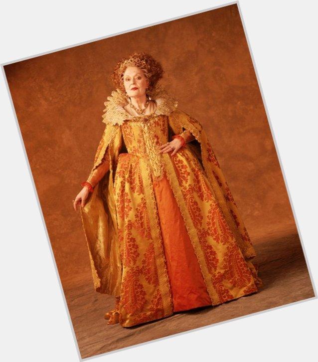 Eleanor De Montfort full body 4.jpg