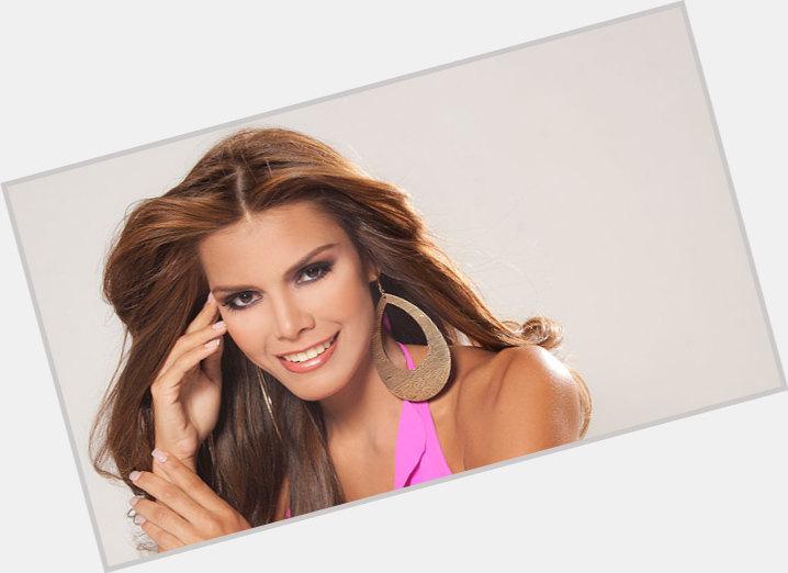 Elian Herrera sexy 0.jpg