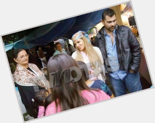 Emir Athie full body 7.jpg