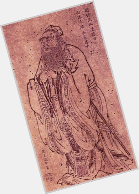 "<a href=""/hot-men/emperor-gaozu-of-tang/where-dating-news-photos"">Emperor Gaozu Of Tang</a> Average body,  black hair & hairstyles"