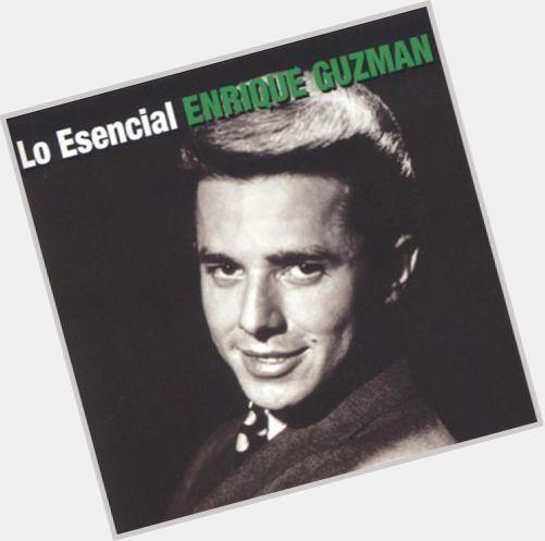 """<a href=""""/hot-men/enrique-guzman/where-dating-news-photos"""">Enrique Guzman</a> Slim body,  dark brown hair & hairstyles"""