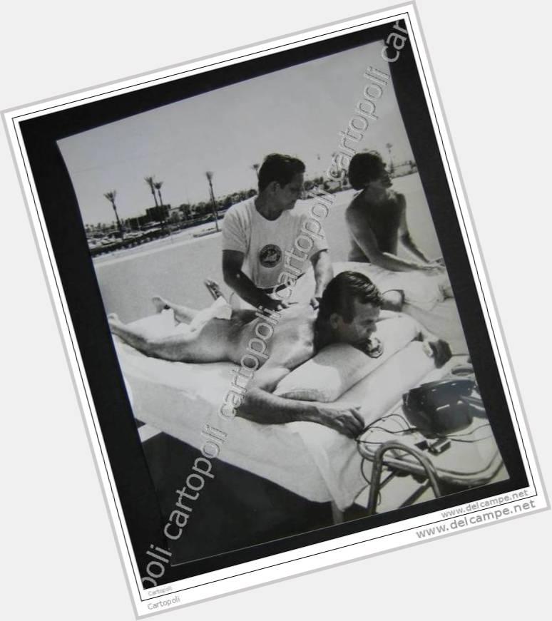 """<a href=""""/hot-men/enrique-lucero/where-dating-news-photos"""">Enrique Lucero</a> Average body,  black hair & hairstyles"""