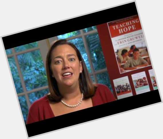 Erin Gruwell full body 7.jpg