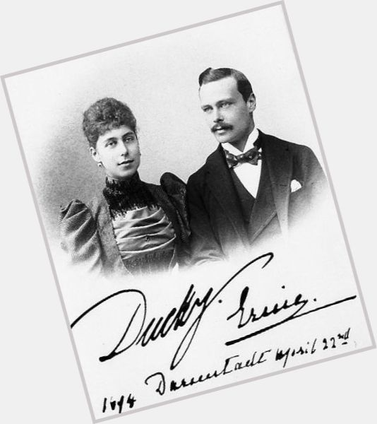 "<a href=""/hot-men/ernest-louis-grand-duke-of-hesse/is-he-bi-2014"">Ernest Louis Grand Duke Of Hesse</a> Average body,  dark brown hair & hairstyles"