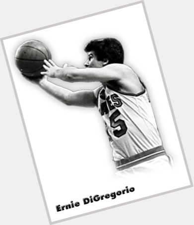"<a href=""/hot-men/ernie-digregorio/where-dating-news-photos"">Ernie Digregorio</a> Average body,  salt and pepper hair & hairstyles"