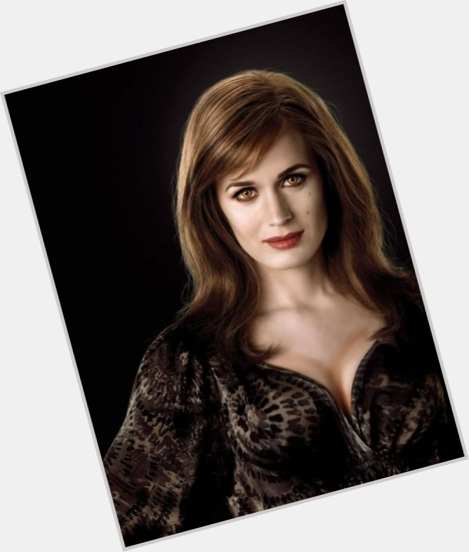 Esme Cullen exclusive hot pic 4.jpg