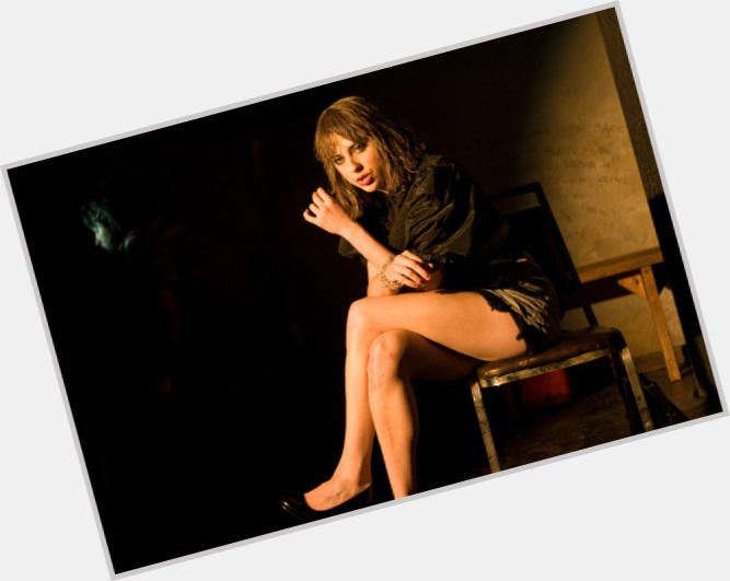 "<a href=""/hot-women/eve-landry/where-dating-news-photos"">Eve Landry</a> Average body,  light brown hair & hairstyles"