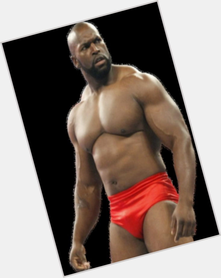 Ezekiel Jackson dark brown hair & hairstyles Bodybuilder body,