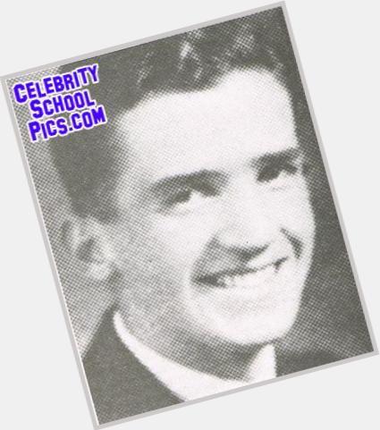 "<a href=""/hot-men/edward-r-murrow/is-he-good-school-high-r.-what-famous"">Edward R Murrow</a> Average body,  dark brown hair & hairstyles"