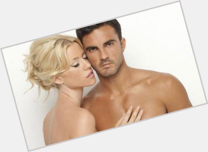 "<a href=""/hot-men/fabian-cubero/where-dating-news-photos"">Fabian Cubero</a> Athletic body,  dark brown hair & hairstyles"