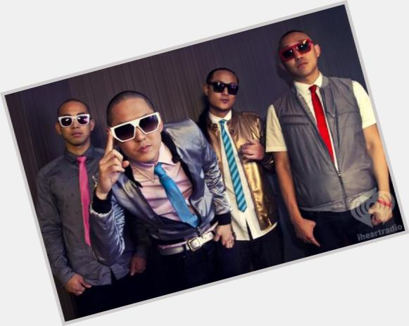 "<a href=""/hot-men/far-east-movement/where-dating-news-photos"">Far East Movement</a> Average body,  black hair & hairstyles"