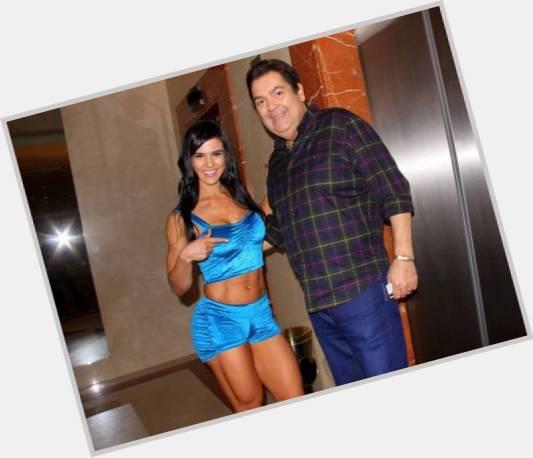 """<a href=""""/hot-men/fausto-silva/where-dating-news-photos"""">Fausto Silva</a>"""