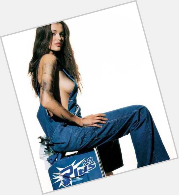 "<a href=""/hot-women/federica-felini/is-she-bi-2014"">Federica Felini</a> Slim body,  dark brown hair & hairstyles"