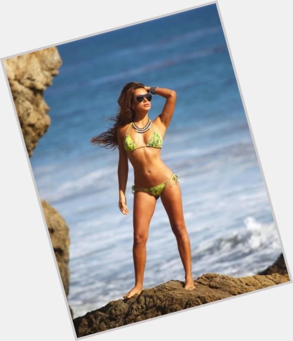 """<a href=""""/hot-women/fernanda-marin/where-dating-news-photos"""">Fernanda Marin</a>"""