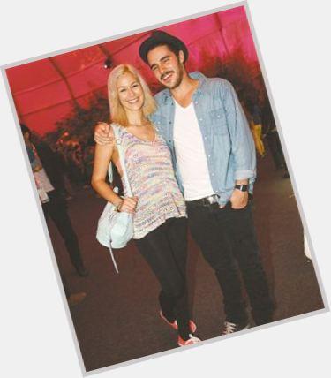 """<a href=""""/hot-men/filipe-cunha/where-dating-news-photos"""">Filipe Cunha</a> Average body,  dark brown hair & hairstyles"""