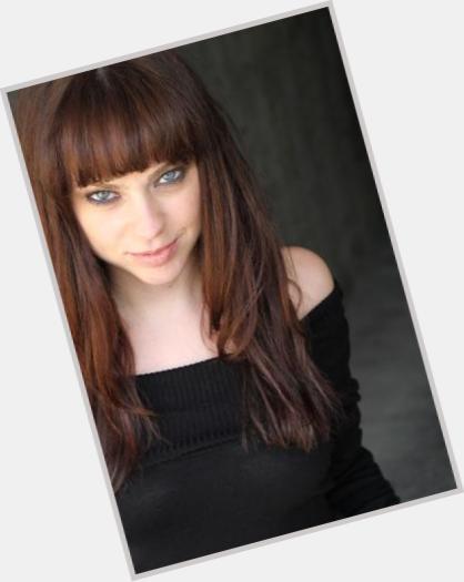 "<a href=""/hot-women/fiona-dourif/where-dating-news-photos"">Fiona Dourif</a> Slim body,  light brown hair & hairstyles"