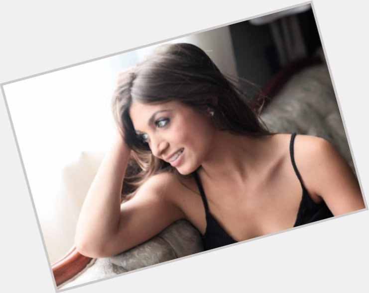 "<a href=""/hot-women/francesca-catalano/where-dating-news-photos"">Francesca Catalano</a> Slim body,  light brown hair & hairstyles"