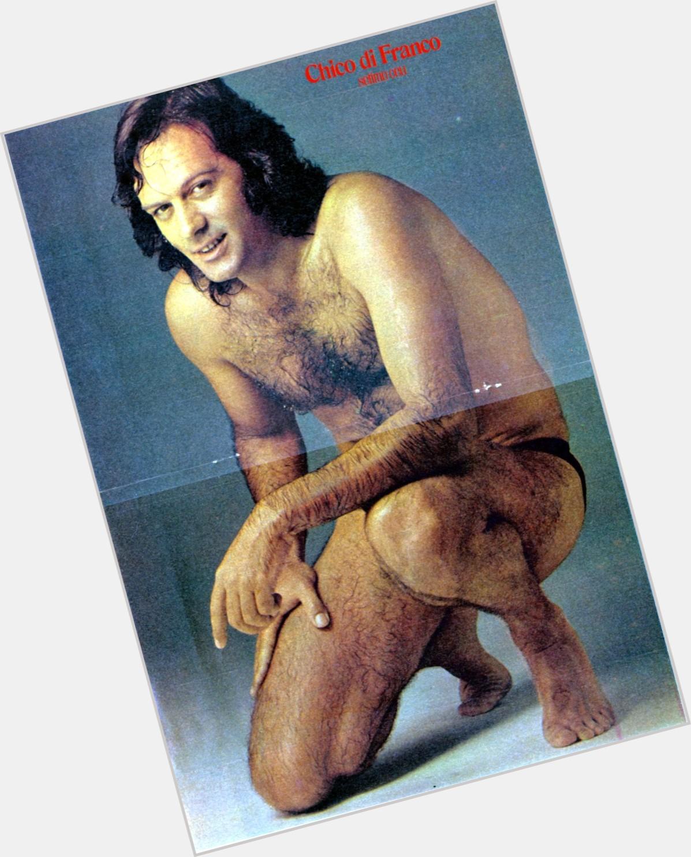 "<a href=""/hot-men/francisco-di-franco/where-dating-news-photos"">Francisco Di Franco</a> Athletic body,  dark brown hair & hairstyles"