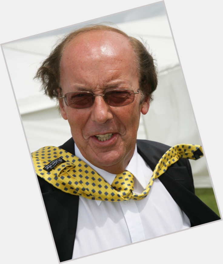 "<a href=""/hot-men/fred-dinenage/where-dating-news-photos"">Fred Dinenage</a>"