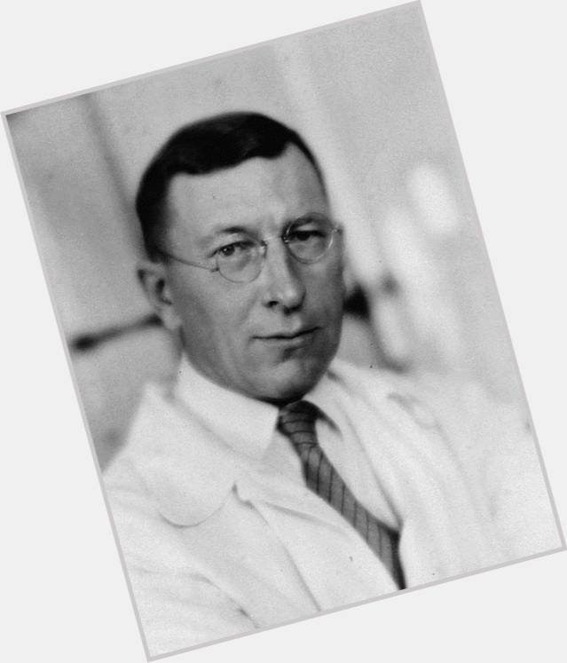 """<a href=""""/hot-men/frederick-banting/where-dating-news-photos"""">Frederick Banting</a>"""