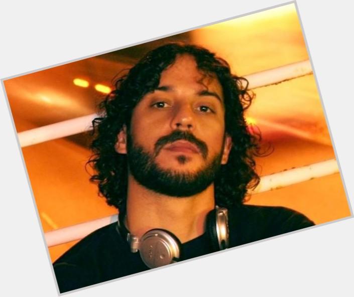 """<a href=""""/hot-men/gabriel-o-pensador/where-dating-news-photos"""">Gabriel O Pensador</a>  black hair & hairstyles"""
