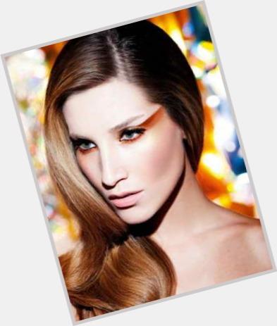 """<a href=""""/hot-women/gabriela-vieira/where-dating-news-photos"""">Gabriela Vieira</a> Slim body,  light brown hair & hairstyles"""