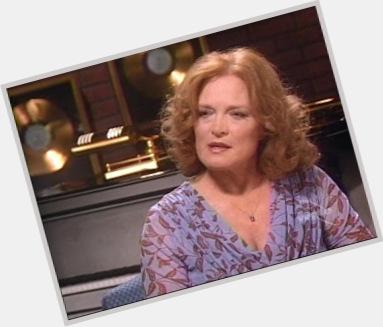 Gail Farrell hairstyle 5.jpg