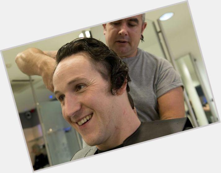 "<a href=""/hot-men/gareth-robinson/where-dating-news-photos"">Gareth Robinson</a> Average body,  dark brown hair & hairstyles"